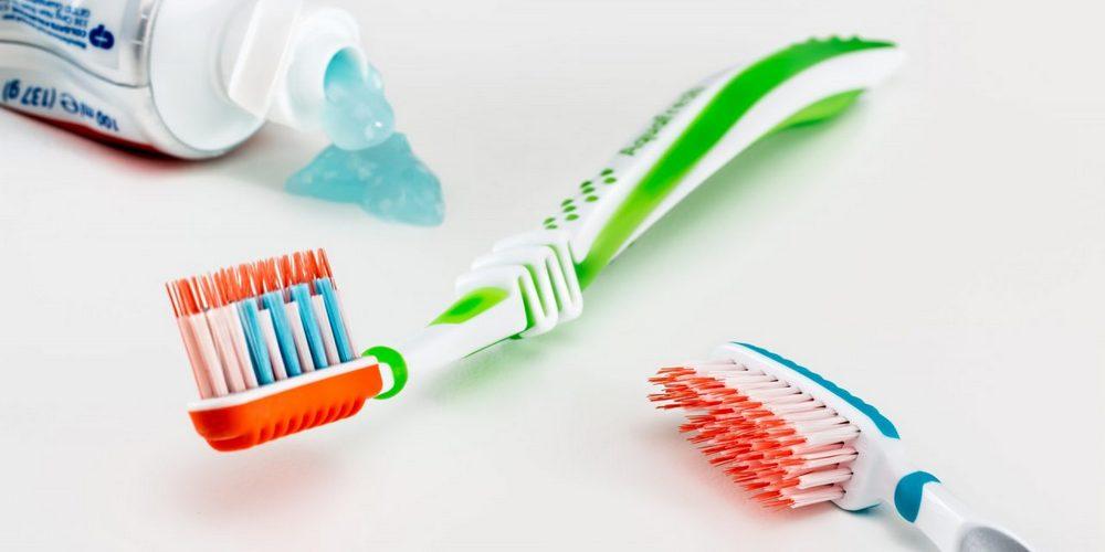 чистить зубы после пломбирования