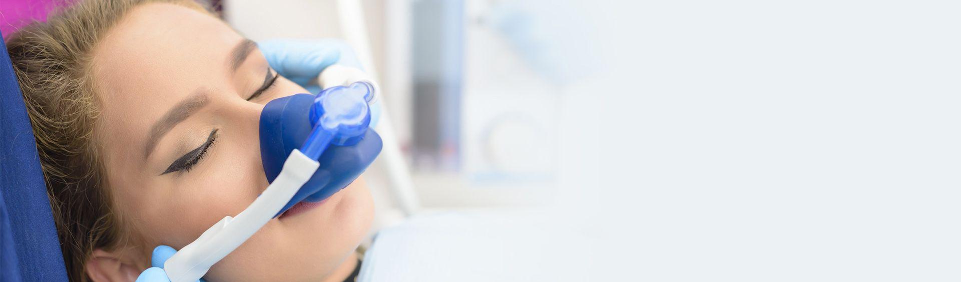 Трахнули под наркозом онлайн, Зубной врач сделал грудастой пациентке наркоз 16 фотография